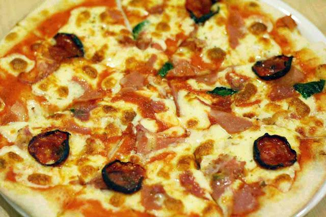 Quattro Salumi Pizza