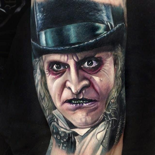 Tatuaje de El Pingüino (Villano de Batman)