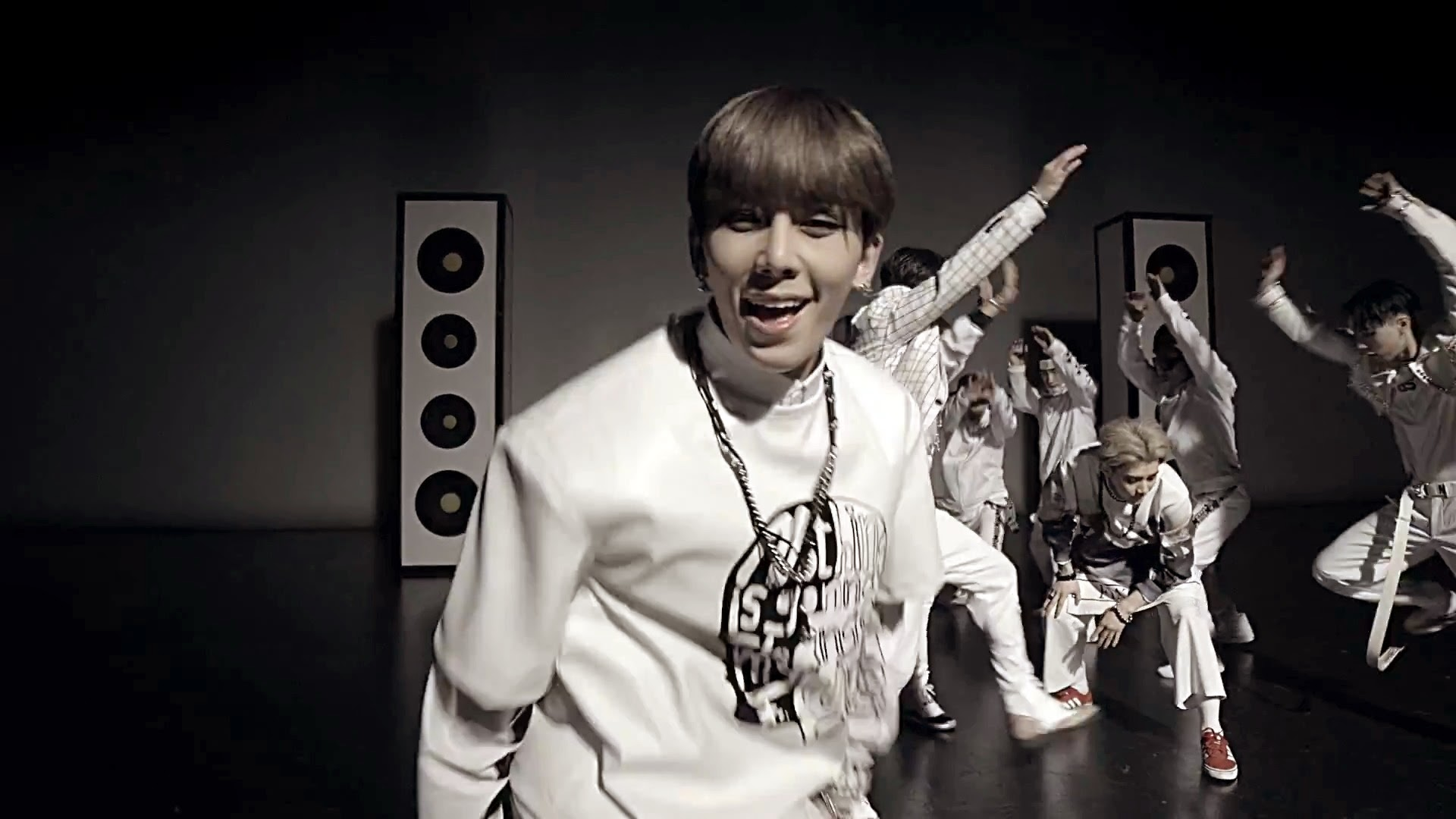 Myname's Chaejin from Just Tell Me MV
