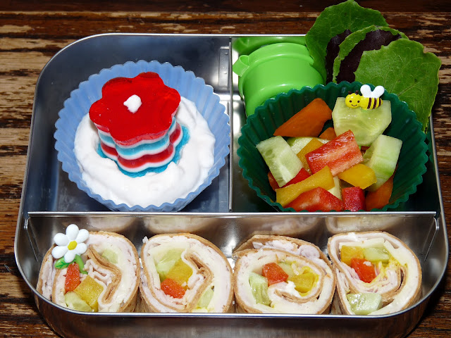 pinwheel sandwich jello bento lunch