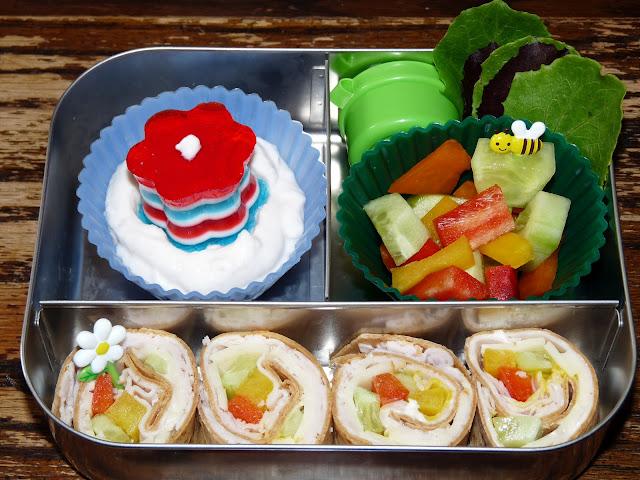 pinwheel sandwich jello bento lunch