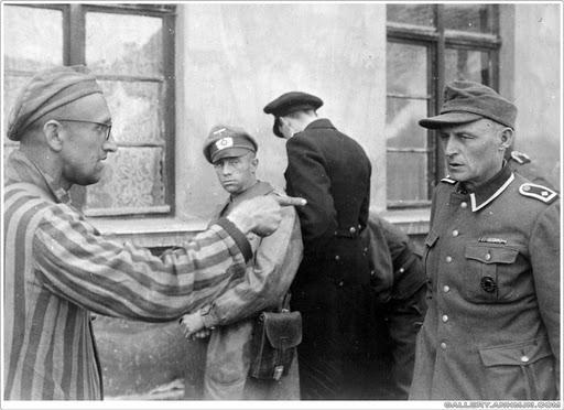Citaten Hitler Sebenarnya : Pembunuhan beramai ramai kaum yahudi pada era nazi