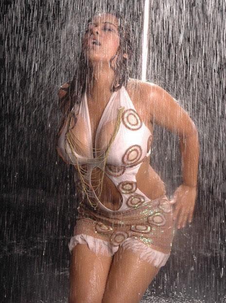 anushka shetty peeing porn sex