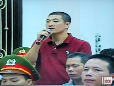 Bị hại Vũ Anh Tuấn xin xem xét giảm nhẹ cho các bị cáo - Ảnh chụp qua màn hình