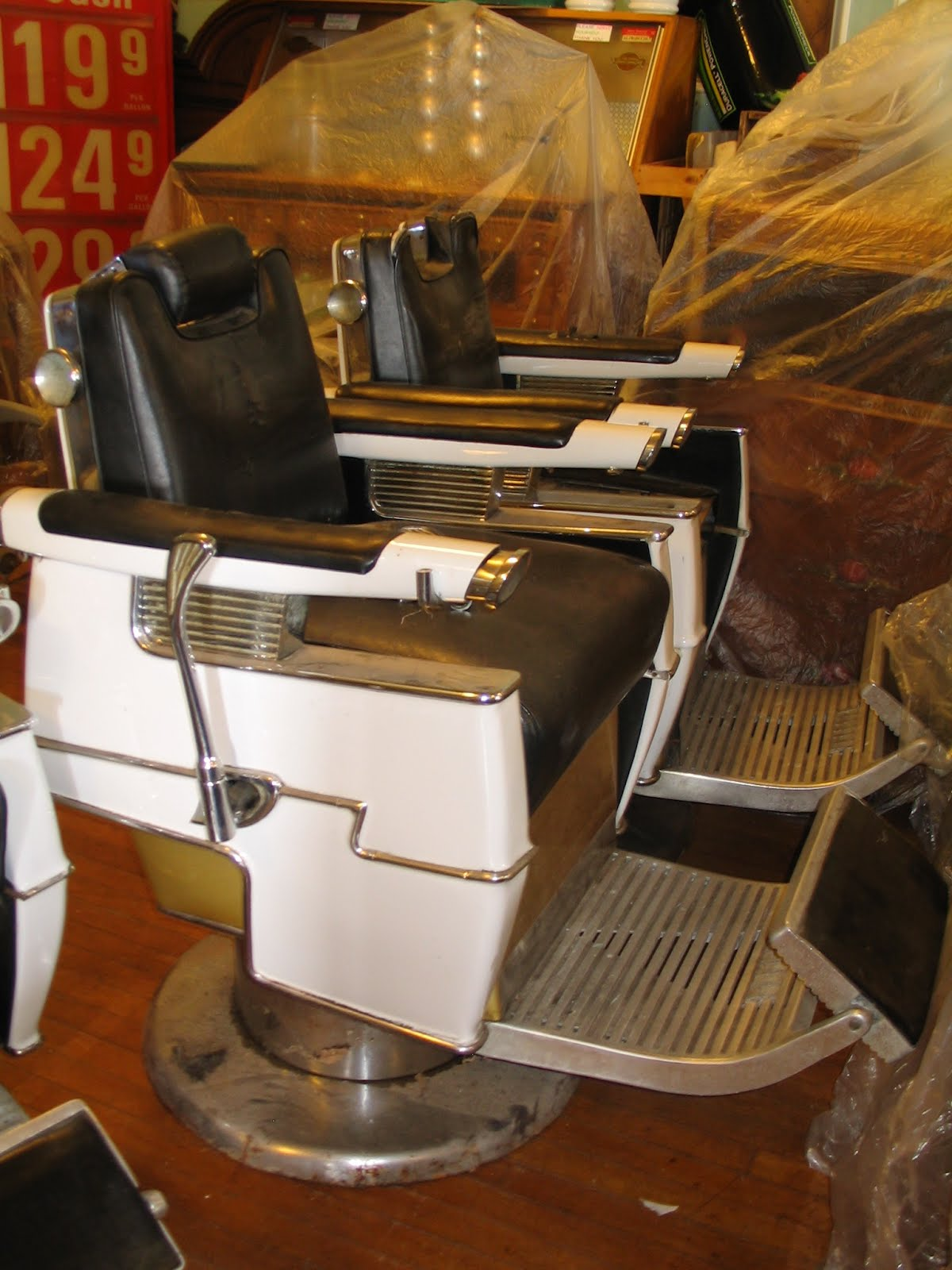 Pasternak Antiques & Modern Design: * 5 vintage belmont barber chairs ( +  one )* - Pasternak Antiques & Modern Design: * 5 Vintage Belmont Barber