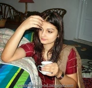 Deshi+girl+real+indianVillage+And+college+girl+Photos042