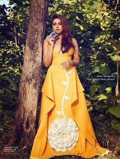 Huma Qureshi Looks Beuatiful Elegant For Filmfare Magazine April 2015 Issue