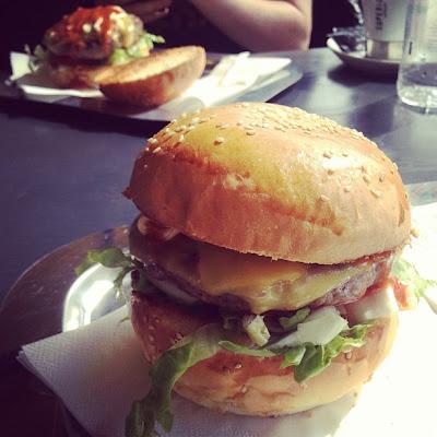 Cheeseburger from RougtMarin, Zagreb