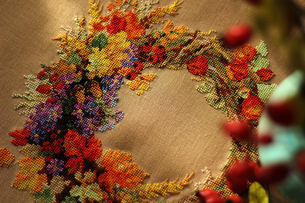 Вышивка венок с пшеницей риолис 7