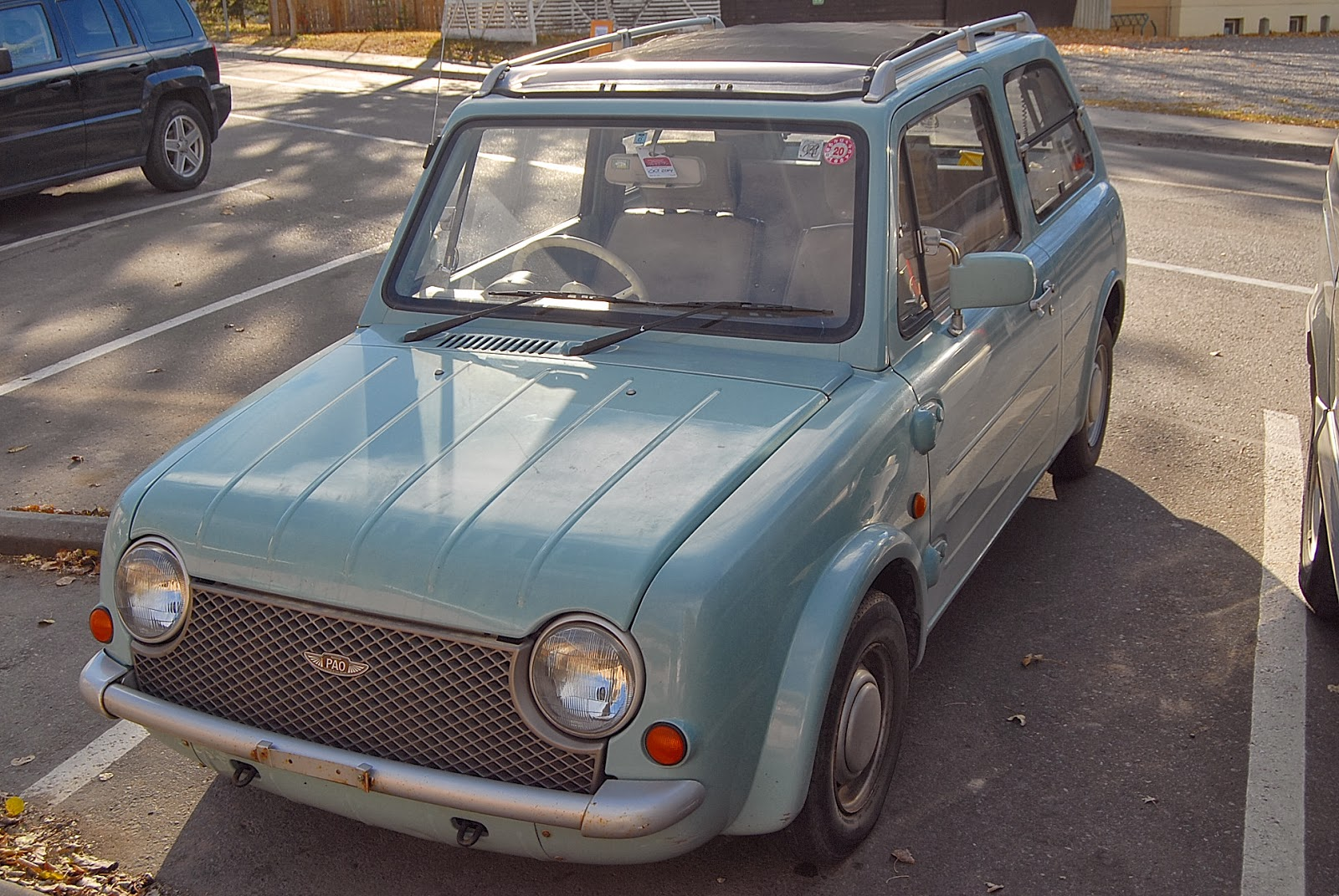 autoliterate: the Japanese retro-car: Nissan Pao