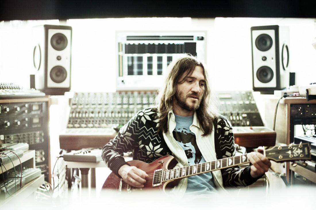 Sessão de fotos de John Frusciante - Por Mike Piscitelli