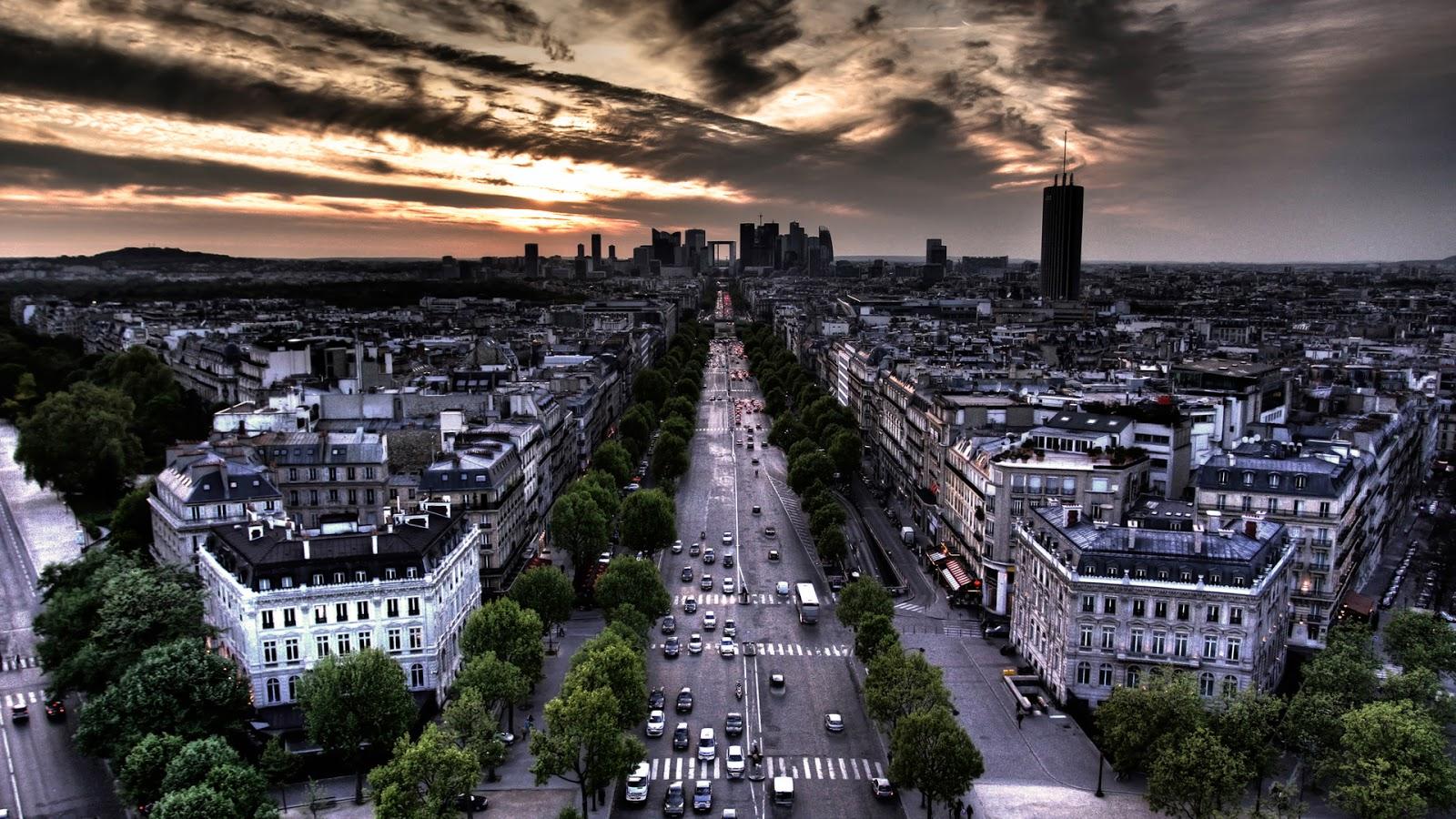 http://1.bp.blogspot.com/-X4XNHYc78ak/TVlmN9Z2GDI/AAAAAAAABEo/aYWRroTiTdg/s1600/Paris-wallpaper-colorsofparis_1920x1080.jpg