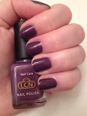 LCN, LCN nail polish, LCN Colour Me Up, nails, nail polish, polish, lacquer, nail lacquer, mani, manicure