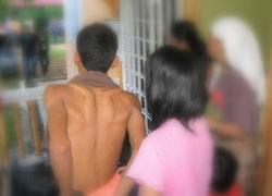Thumbnail image for Ibu Sedih Lihat Dua Anak Dara Tidur Berpelukan Dengan Teman Lelaki