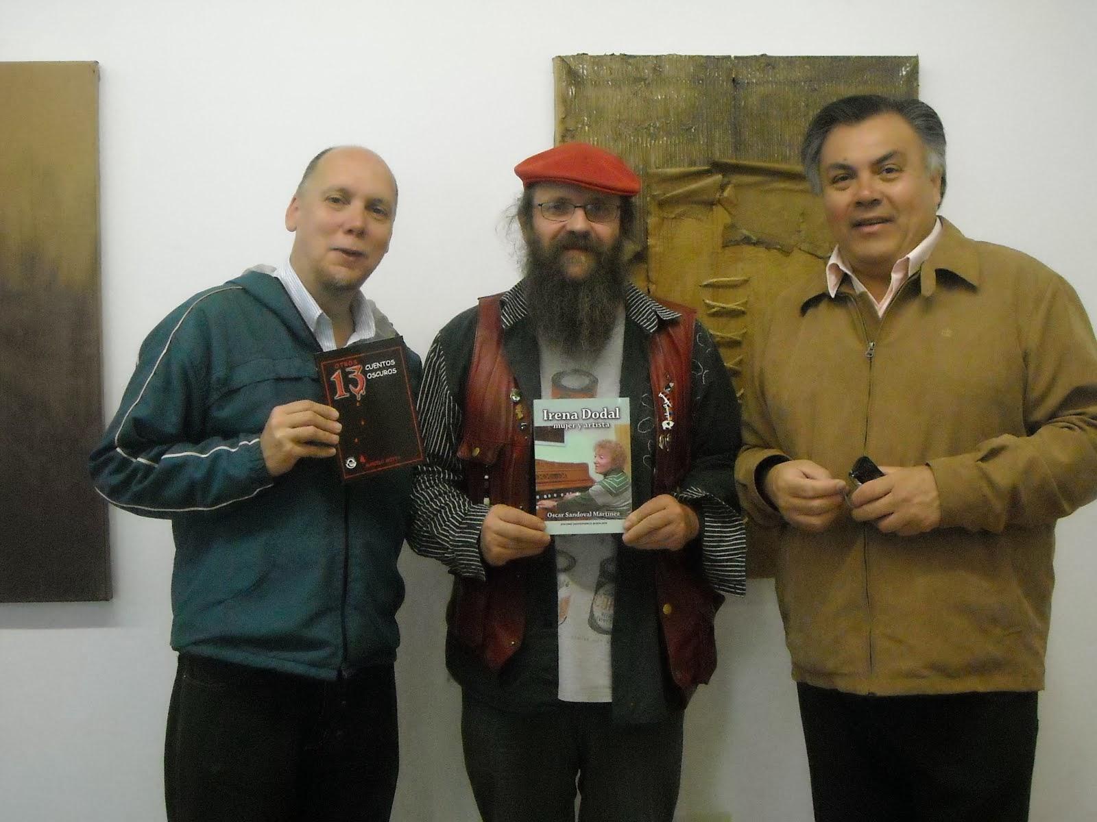 Con Damian Paío, director del Museo Ramòn Aller, y Oscar Sandoval en Lalín, Galicia