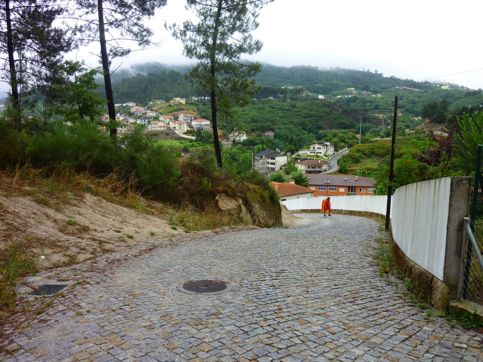 Su strade e sentieri camino torres 12 tappa carneiro for Camino sul ponte rialzato