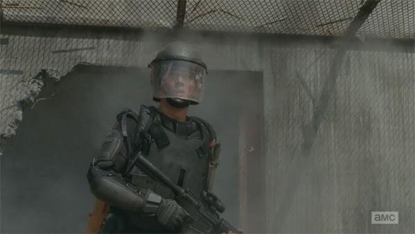 """Glenn en """"Inmates"""" el decimo episodio de la cuarta temporada de THe Walking Dead"""