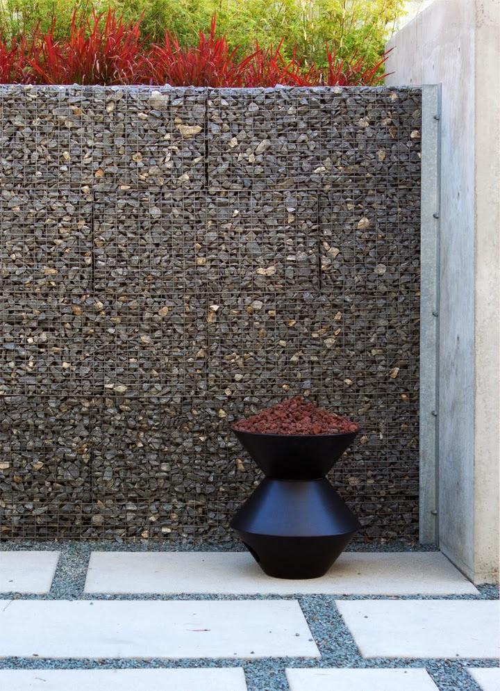decoracao muros jardim: DE DECORAÇÃO-PUXE A CADEIRA E SENTE! : Idéia para muro de jardim
