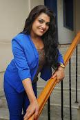 Tashu Kaushik Latest Glamorous Photos-thumbnail-13