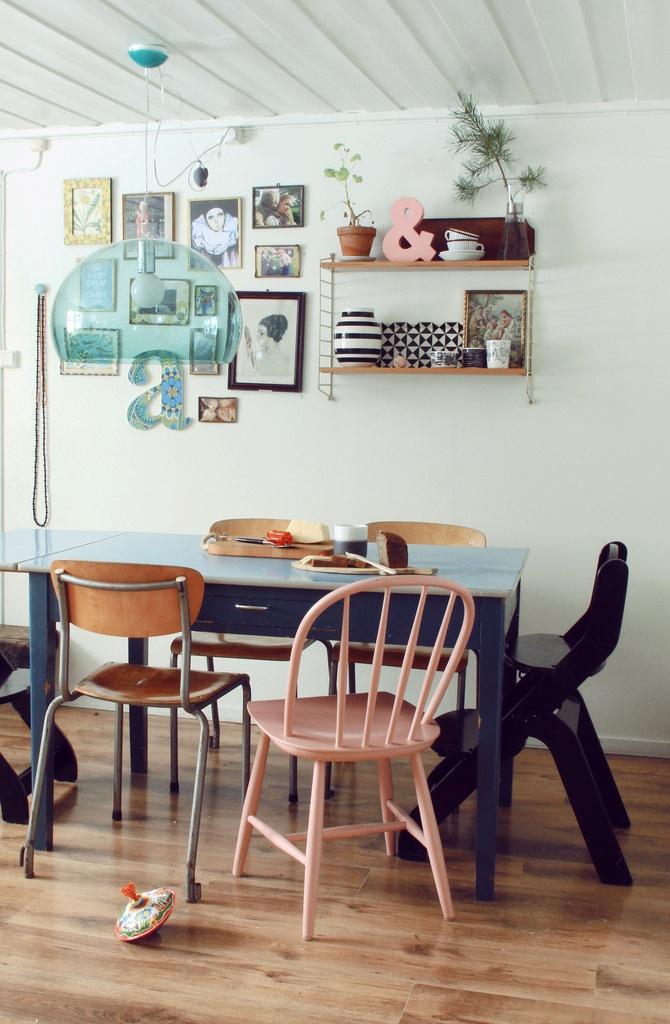 yiyou from mars blog mode  vintage et lifestyle  bordeaux  d u00e9co murale   l u0026 39 accumulation de cadres
