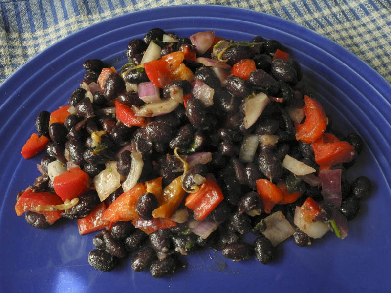 Summer Salad of Black Beans and Peppers