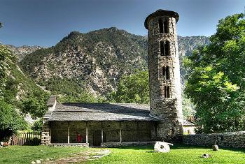 Exterior Iglesia de Santa Coloma - Andorra