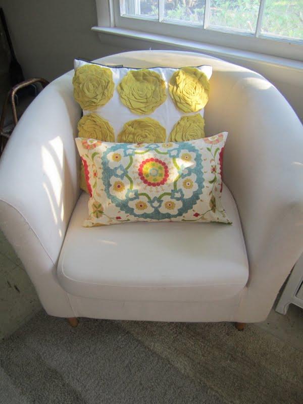 dwell target pillow