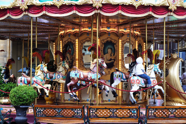 piazza repubblica carousel florence