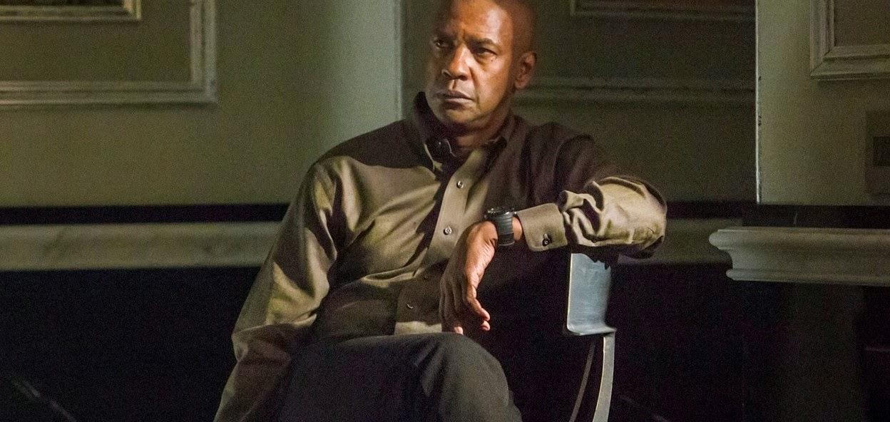 Denzel Washington em ação na cena estendida de O Protetor, com Chloe Moretz