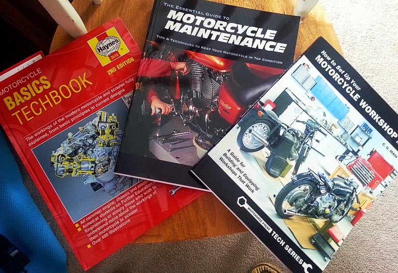 haynes motorcycle basics techbook