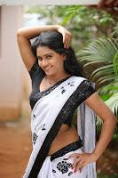 Anusha Anu Hot Navel Show Saree