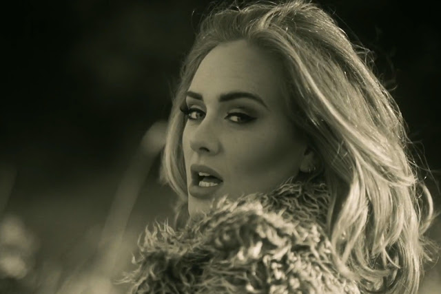 Lirik dan Terjemahan Lagu Hello-Adele