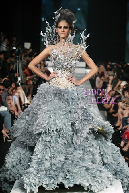 el vestido que inspiró el atuendo de novia de katniss everdeen fue