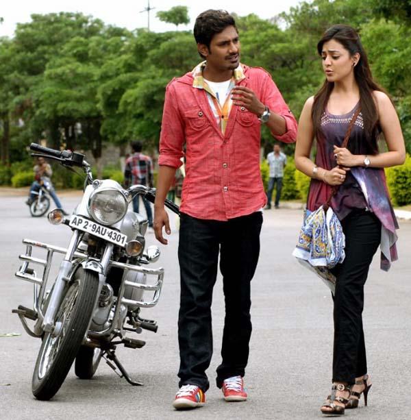 varunsandesh-nisha-agarwal-saradaga-ammaitho-movie-stills7