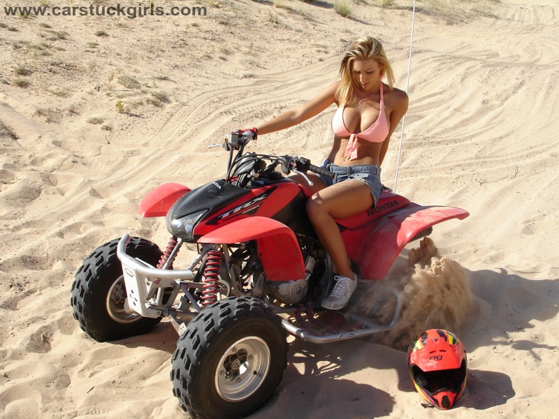 Honda TRX, dziewczyny na quadach, zdjęcia, panienki