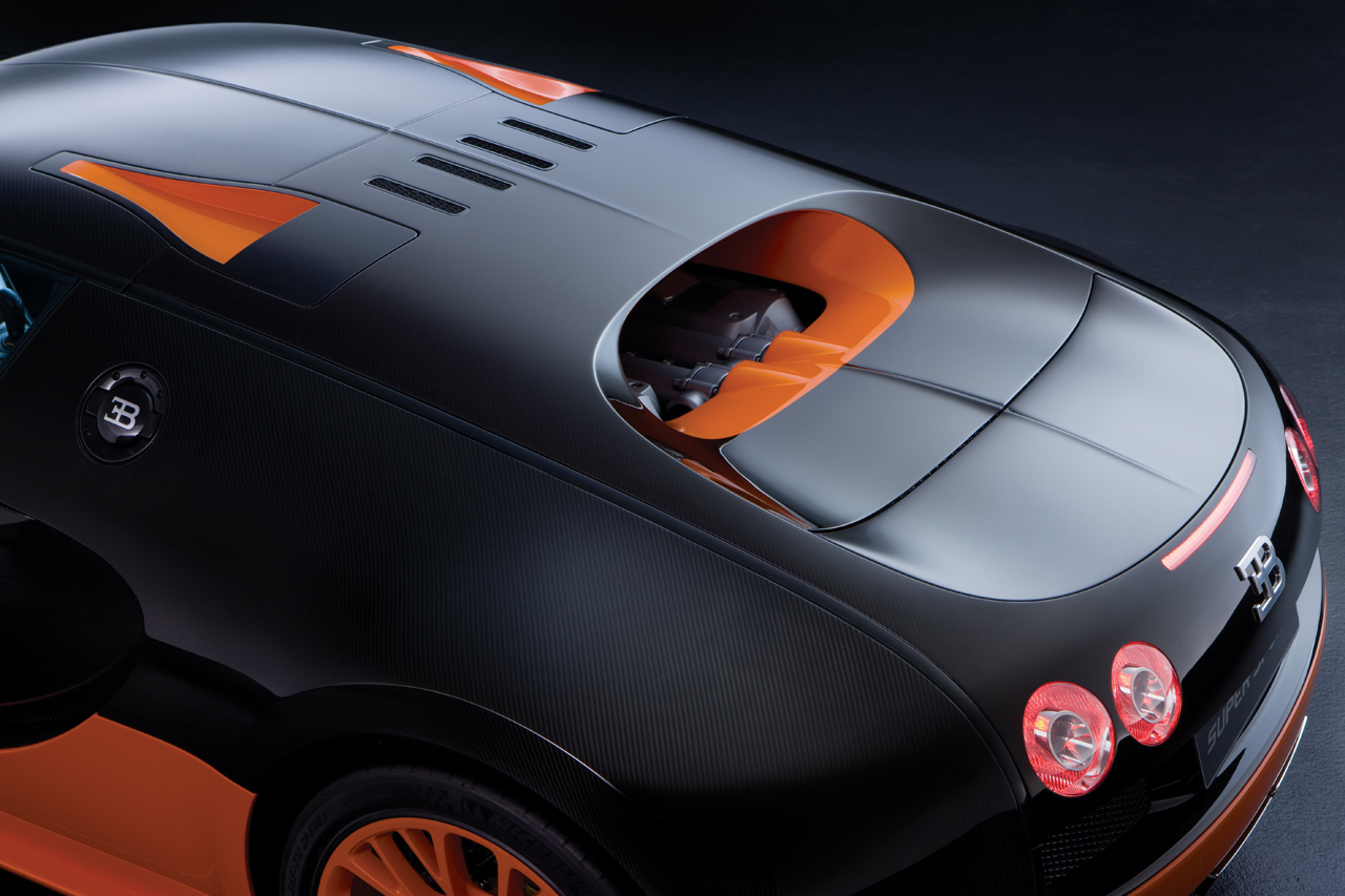 bugatti working on super veyron with 1 8 second 0 60 mph time muddlex. Black Bedroom Furniture Sets. Home Design Ideas