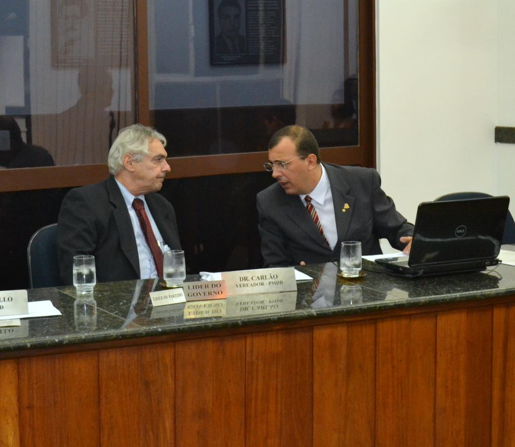Vereadores Cláudio Mello e Dr.Carlão