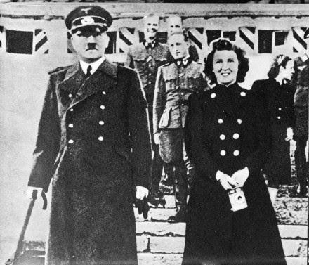 70 anos do fim de Hitler e Eva Braun