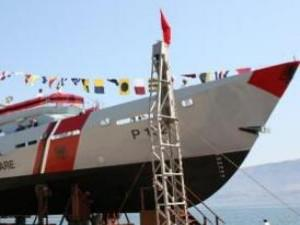 I yatch greci sostituiscono la bandiera greca con la bandiera albanese