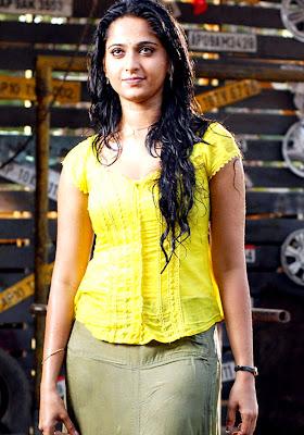 Anushka Hot Wet in Yellow Dress Photos