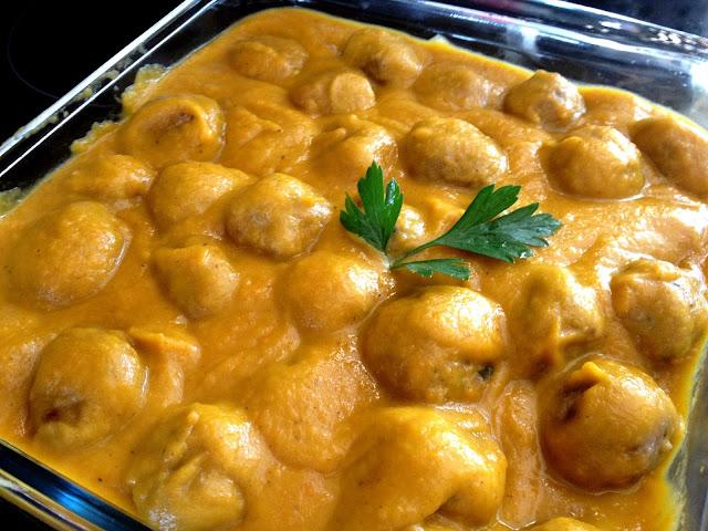 Albónigas en salsa (Orielo)