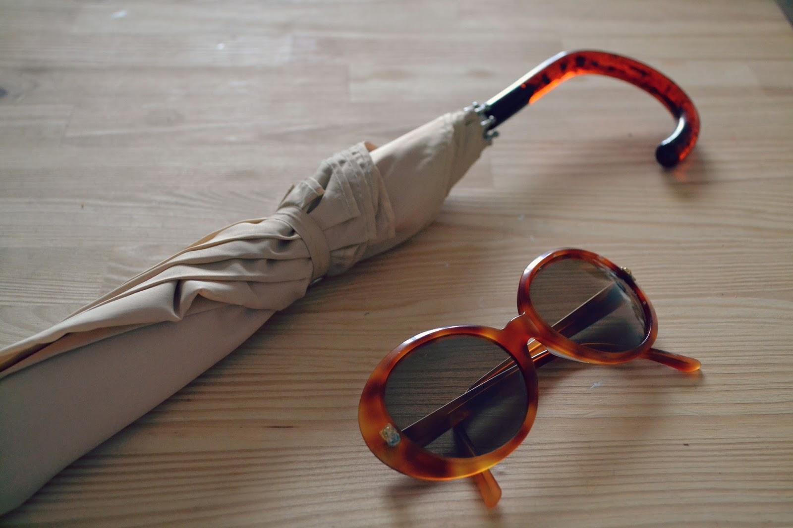 vintage umbrella, vintage sunglasses