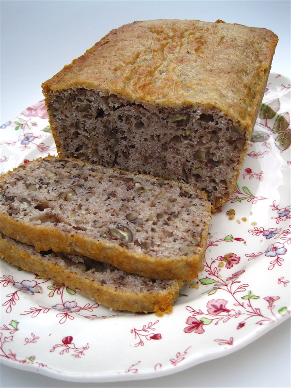 Tea With Friends: Kauffman's Famous Nut Bread