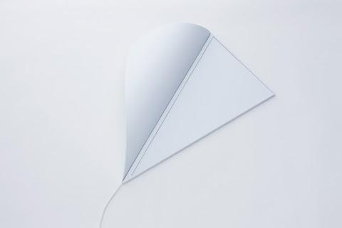 Peel Corner Lamp by Naoki Ono and Yuki Yamamoto