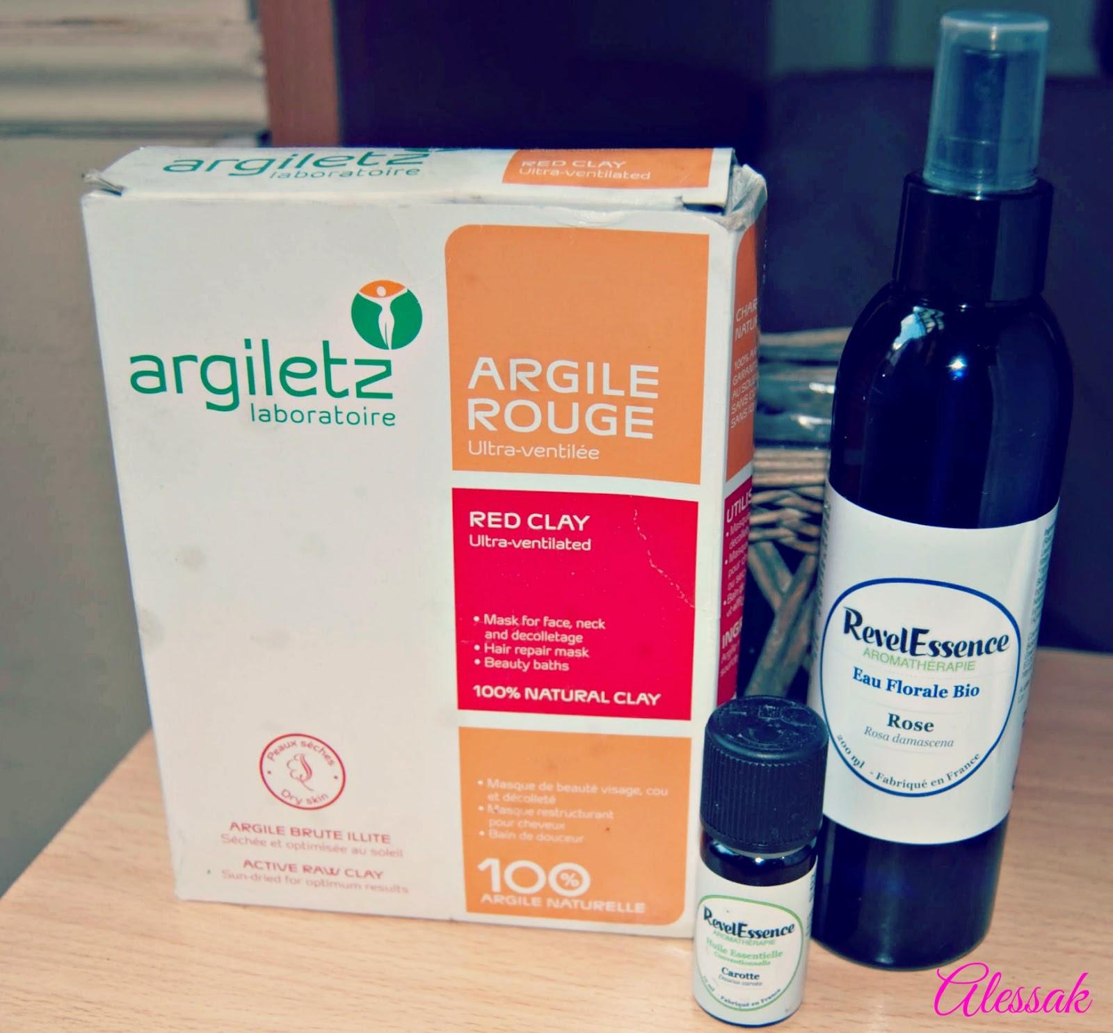 argile rouge, eau florale de rose, huile essentielle de carotte