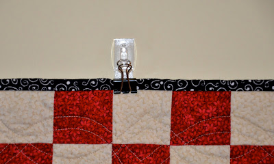 Rikrax Cheap Amp Easy Way To Hang A Quilt