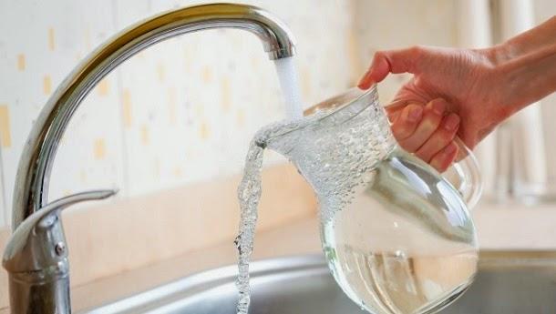 A água da torneira é segura? Veja 4 argumentos