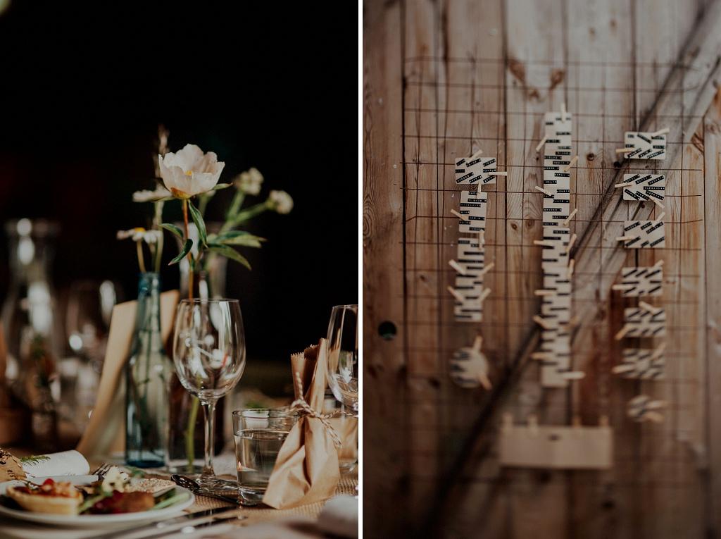 Detaljbild på dukning och bordsplacering i lada | Vintage