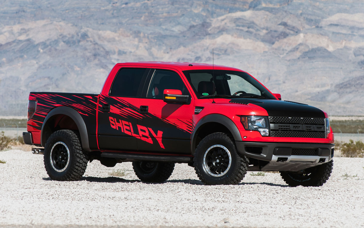 future cars model 2013 2014 shelby raptor packs 575 hp supercharged v 8 2013 new york. Black Bedroom Furniture Sets. Home Design Ideas