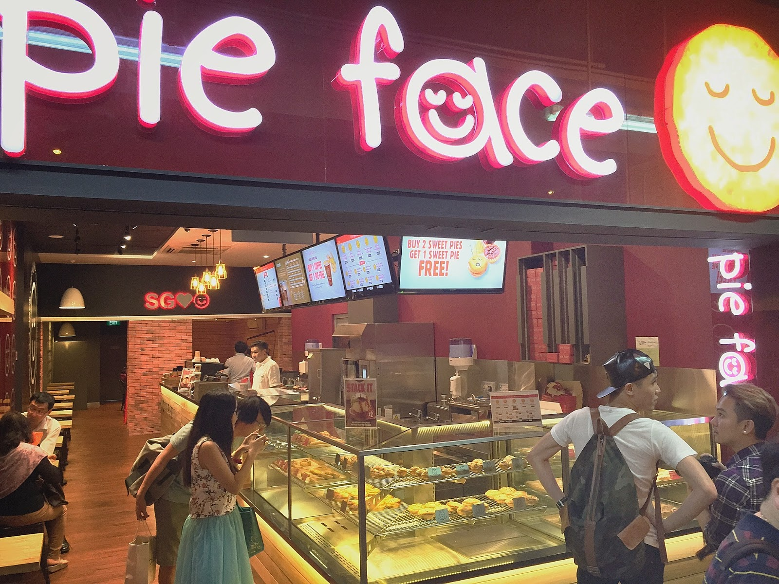 Pie Face @ Bugis Village